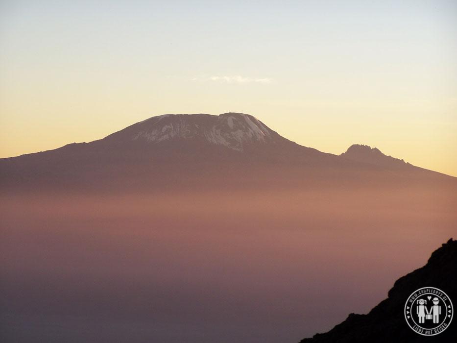 Blick auf den Kilimanjaro vom Mount Meru.