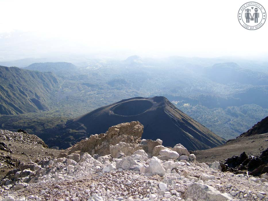 Der Krater des Mount Meru.