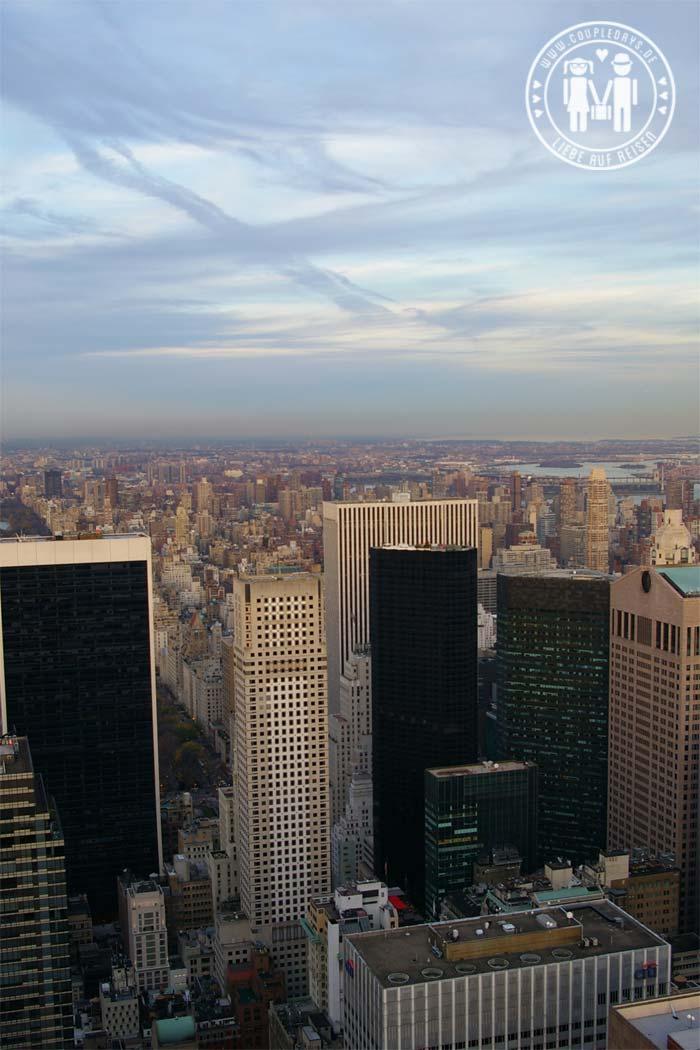 Die Skyline von New York bei Tag.