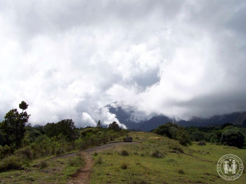 Auf dem Weg zur Miriakamba Hut.