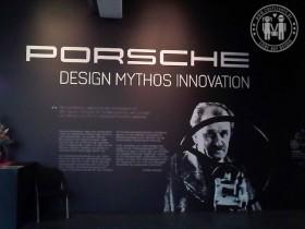 Die Porscheausstellung in der Linzer Tabakfabrik.